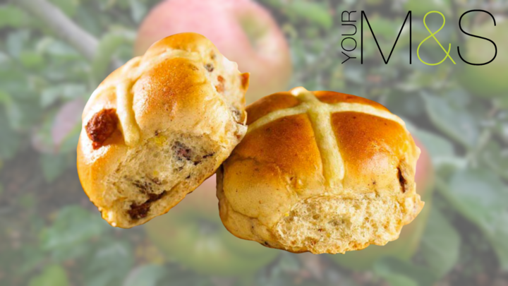 These Vegan Hot Cross Apple Buns Are Now at Marks & Spencer