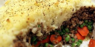 Seitan Makes This Vegan Shepherd's Pie Extra Meaty