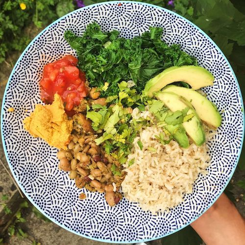 Make Lunch In No Time With This Vegan Falafel Buddha Bowl