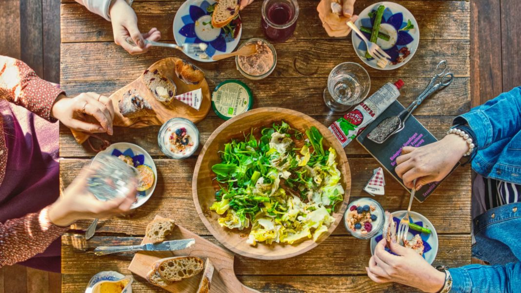 One Vegan Meal a Week Reduces UK Emissions By 8%