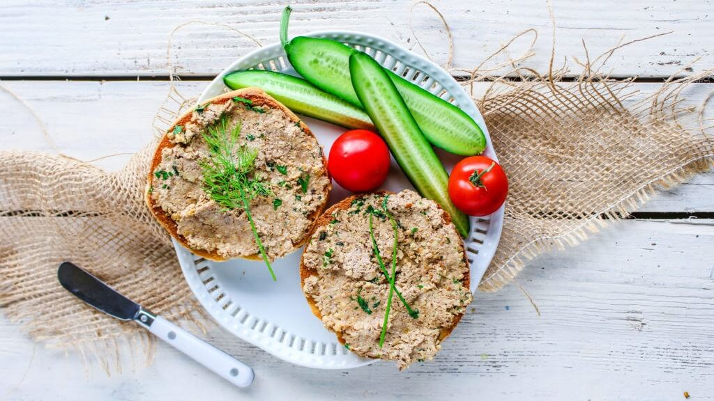 This Vegan Pâté is Made From Walnuts