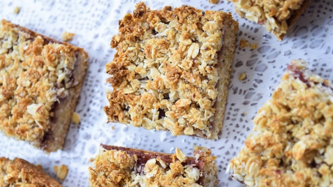 Vegan Strawberry Crumble Bars With Oatmeal Topping