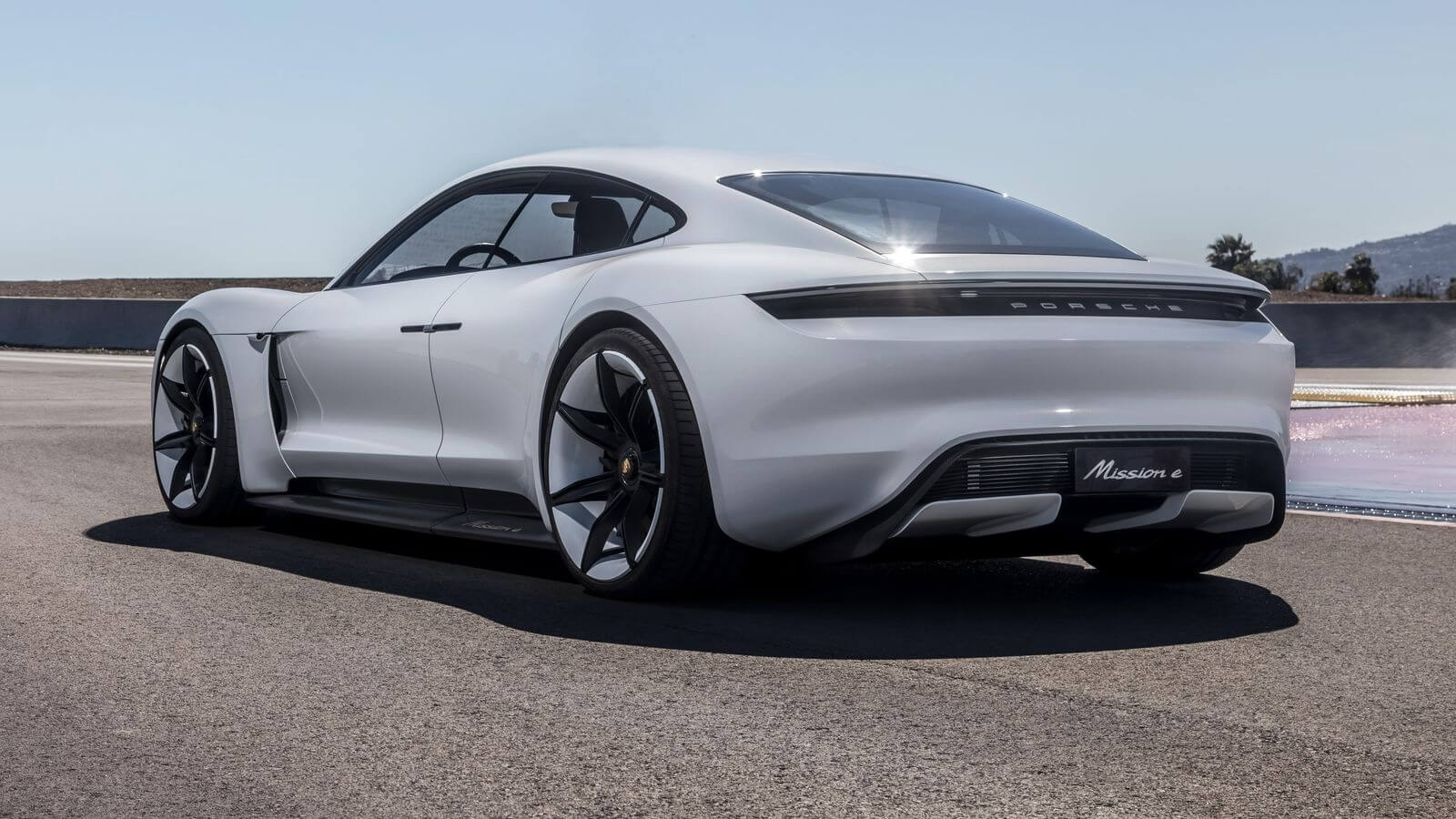 The 2020 Porsche Electric Taycan Has a 100% Vegan Leather Interior