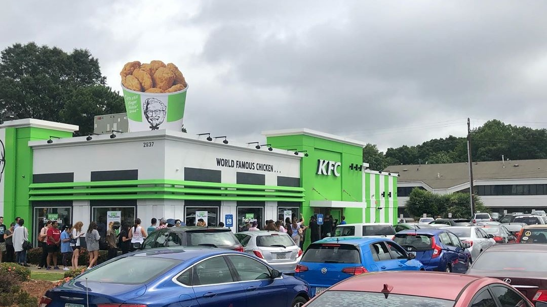 Customers Line Up Down the Street for Vegan KFC