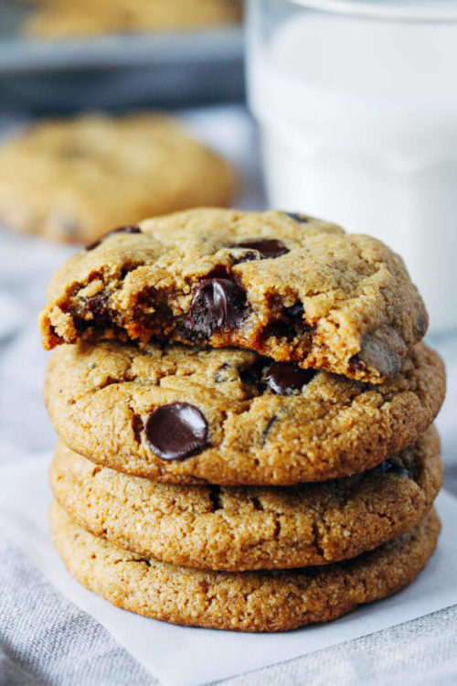 These Are the 9 Best Vegan Chocolate Chip Cookie Recipes