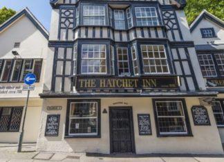 Bristol's Oldest Pub The Hatchet Is Now 100% Vegan