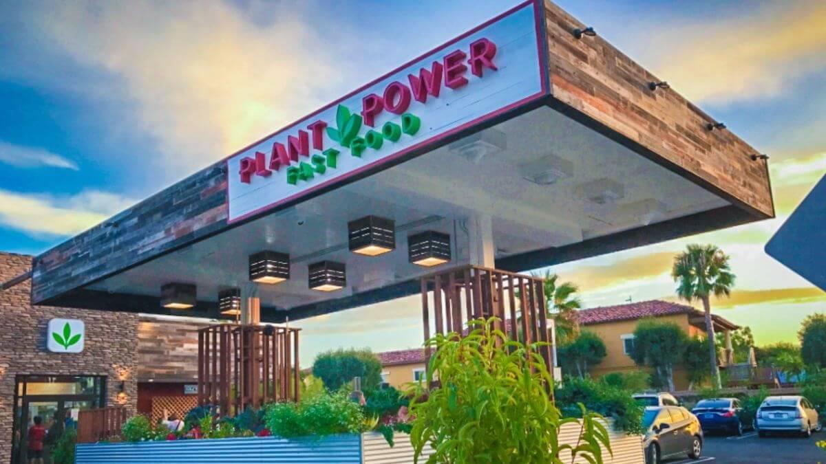 Vegan Drive Thru Plant Power Fast Food Takes Over Carl's Jr. Location