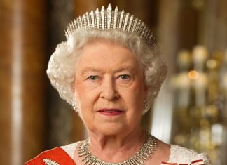 The queen of England goes fur free for the animals