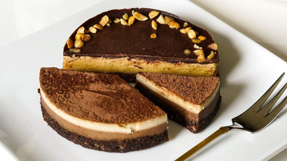 There's a Secret to the Best Cheesecake and Dairy Has Nothing to Do With It