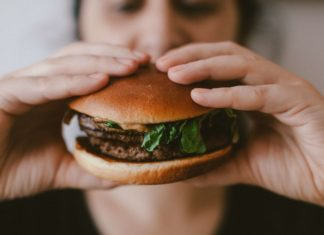 Is the Omnivore's Dilemma Actually a Delusion?
