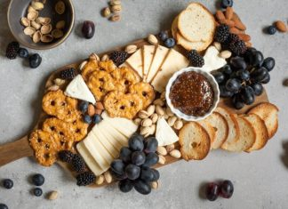 11 Favorite Vegan Cheeseboard Brands for Christmas