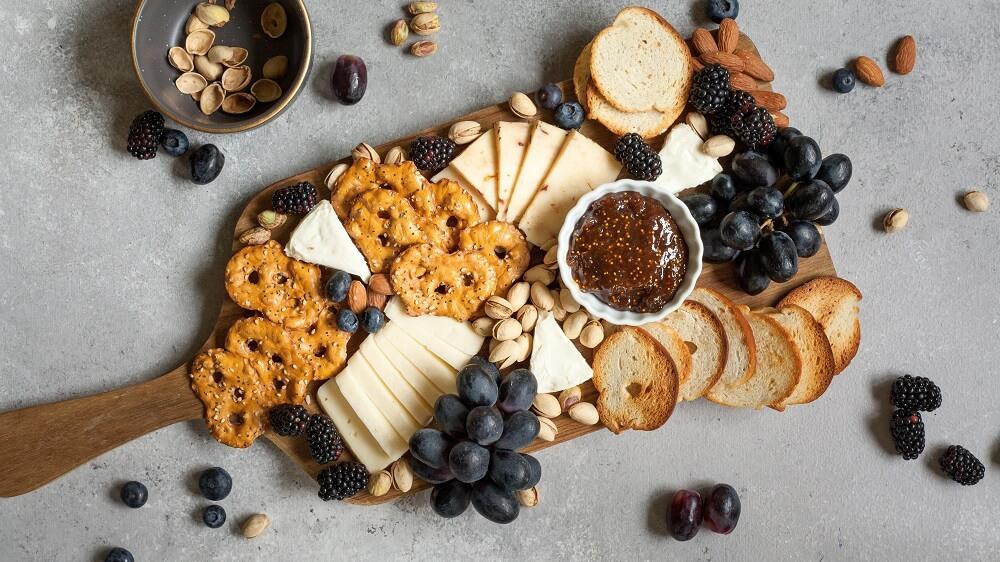 11 Favorite Vegan Cheeseboard Brands for Christmas