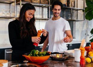 How to Go Vegan When Your Partner Eats Meat