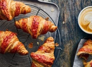 Vegan Croissants and Sausage Rolls Launching at Caffè Nero