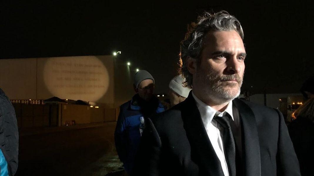 Joaquin Phoenix Wins SAG Award, Heads Straight to Pig Vigil