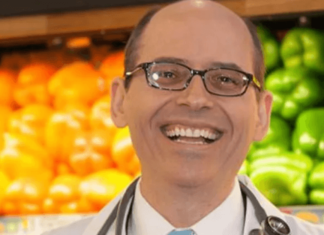 11 Doctors Say a Plant-Based Diet Is the Secret to a Longer Life