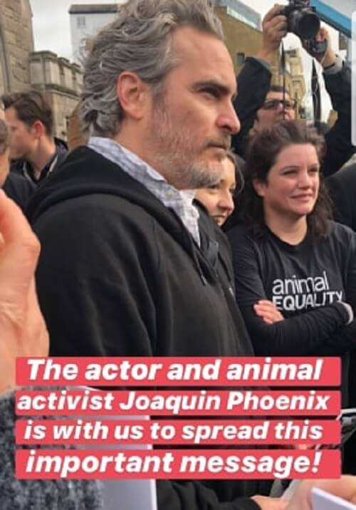 joaquin phoenix joins animal rights protest in london