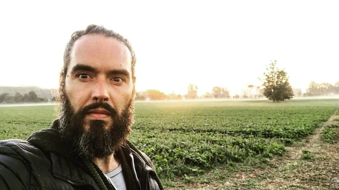 This Is Why Russell Brand Hasn't Eaten Meat Since He Was 14