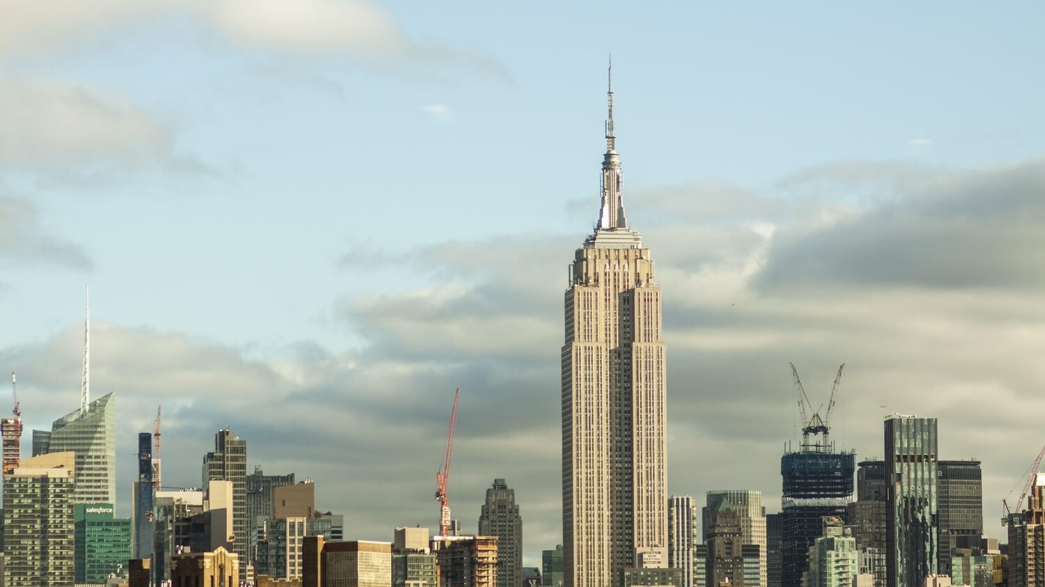 Vegan Starbucks Options are Coming to The Empire State Building