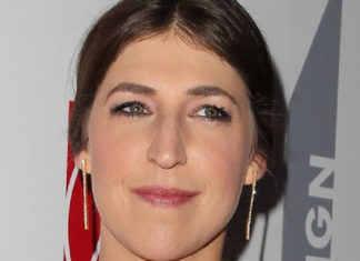 Mayim Bialik Is Having a Vegan Passover to Prevent Coronavirus