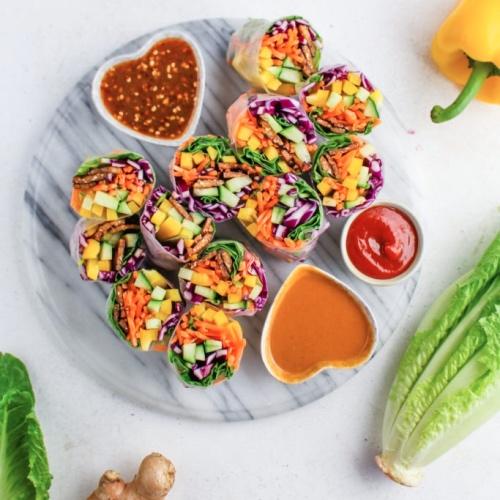 Make These Vegan Tempeh Spring Rolls With Peanut Sauce