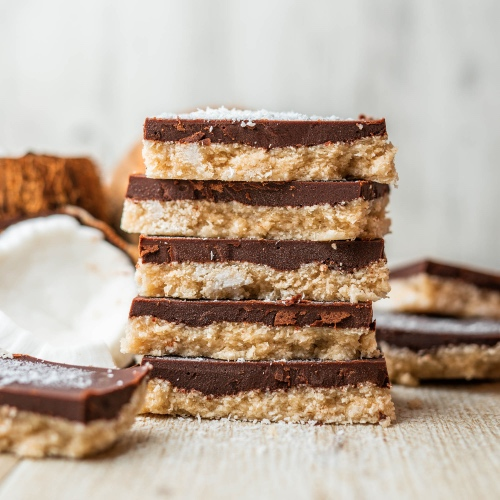 Vegan No-Bake Coconut and Chocolate Bounty Slices
