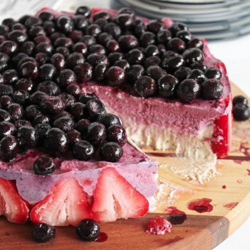 Cool Off With This Vegan Vanilla Berry Ice Cream Cake