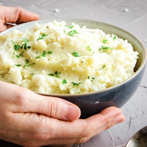 Vegan Cauliflower Mashed Potatoes Make the Perfect Side