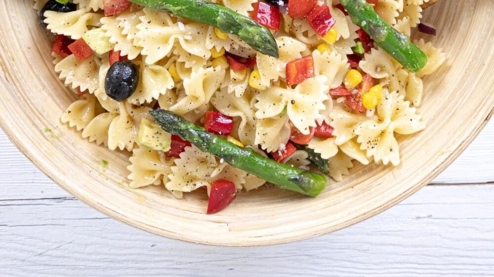 Easy Vegan Pasta Salad With Lemon Vinaigrette