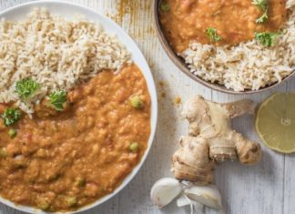 Make This Indian-Inspired Vegan Red Lentil Dhal for Dinner