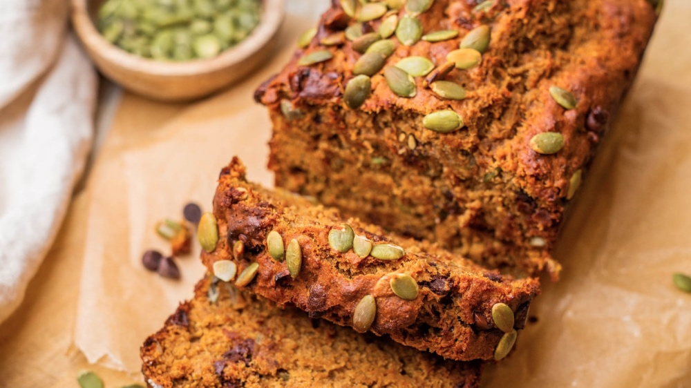 Get Ready for Fall With This Vegan Pumpkin Banana Bread