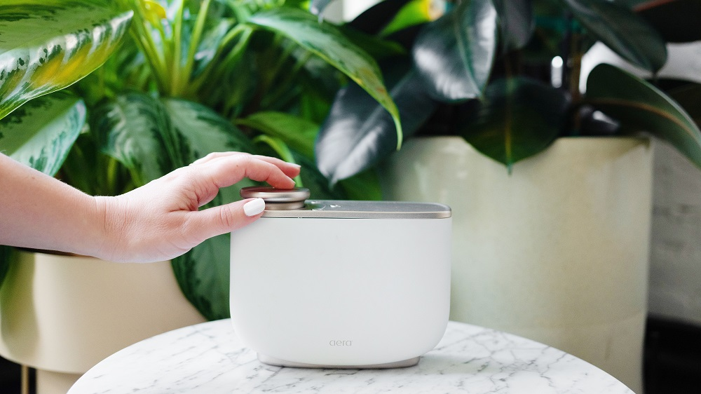 Curb Anxiety and Stress With This Cruelty-Free Essential Oil Diffuser