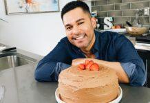 这块素食主义者巧克力蛋糕会带你到甜点天堂