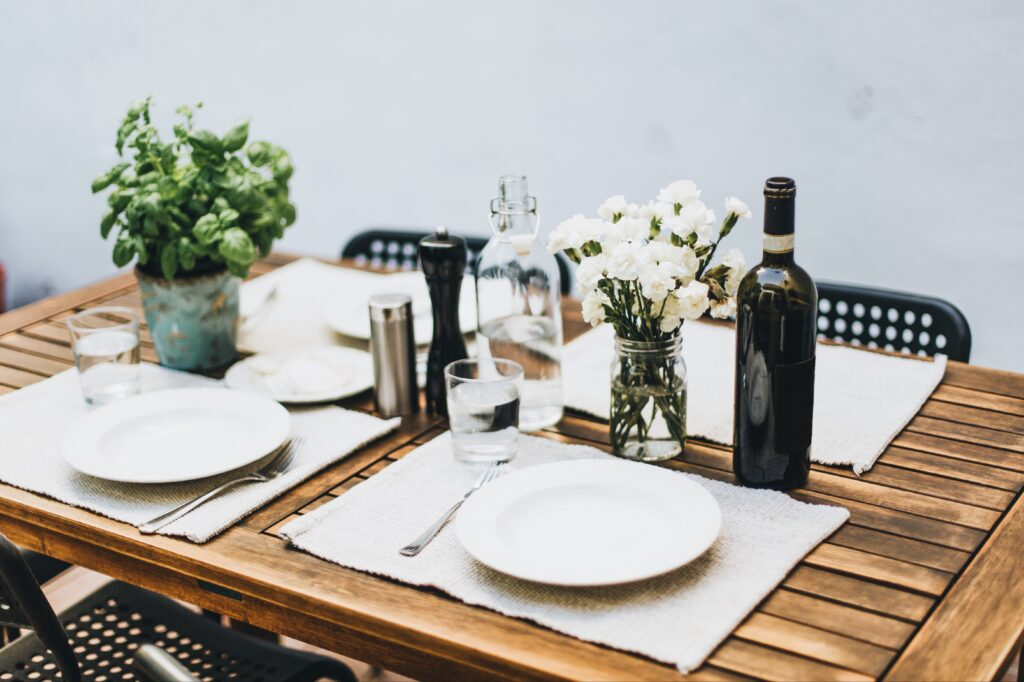 How to Create a Sustainable Dining Room in 4 Simple Steps