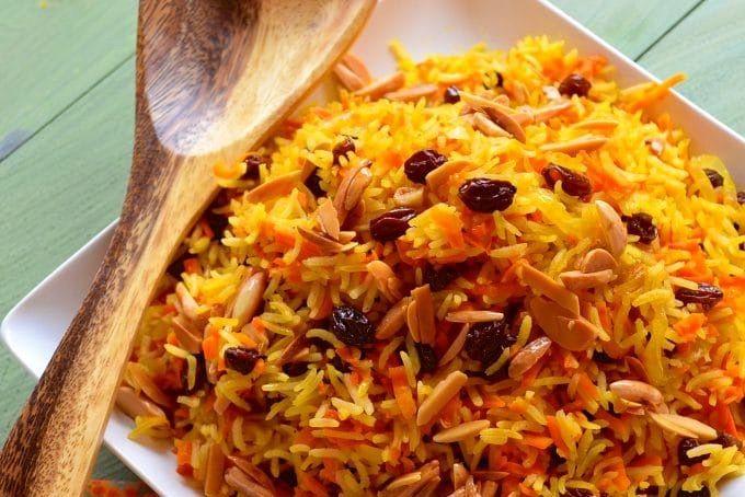 Basmati rice with carrots and raisins