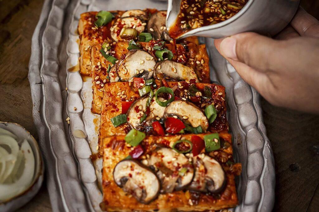 Spicy braised tofu, or dooboo jurim